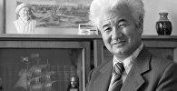 Кыргыз Эл жазуучусу Шүкүрбек Бейшеналиевдин архивдик сүрөтү