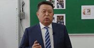 Депутат Чыныбай Турсунбеков курсанттарга Ильяздын ырын аткарып берди