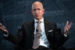 Amazon компаниясынын негиздөөчүсү Жефф Безос. Архивдик сүрөт