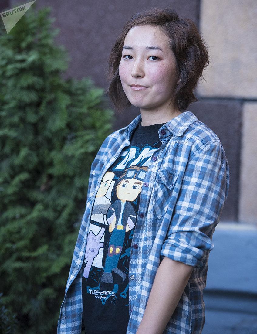 Студентка Международного университета в Центральной Азии Айсулуу Жолдошова