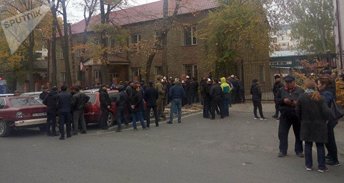 Суд над Икрамжаном Илмияновым в Бишкекском городском суде