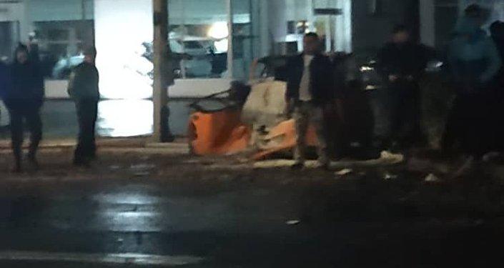 По его словам, происшествие случилось в ночь на 1 ноября на пересечении улиц Элебесова и Баялинова