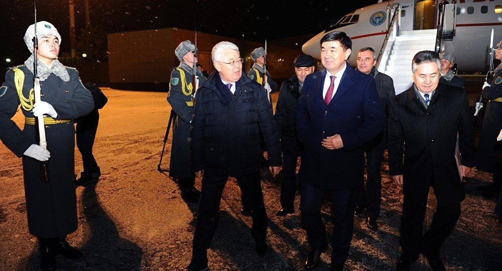Премьер-министр Мухаммедкалый Абылгазиев КМШ өлкөлөрүнүн өкмөт башчыларынын кезектеги жыйынына катышуу үчүн Казакстандын борбору Астана шаарына келди.