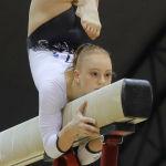 Швейцарская гимнастка Леони Майер