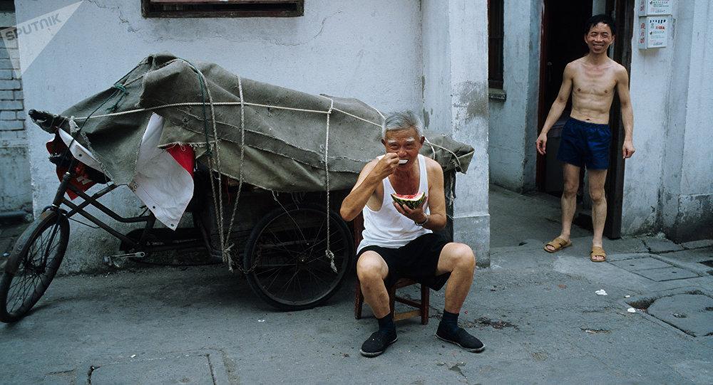 Кытайдын жарандары. Архивдик сүрөт