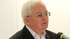 Политолог Юрий Светов. Архивное фото