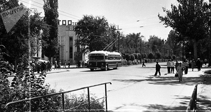 Фото: Мы отыскали фотографии Бишкека, которые разорвут ваше сердце