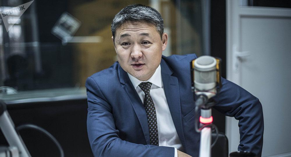 Темир жол ооруканасынын башкы дарыгери Мирлан Султаналиев