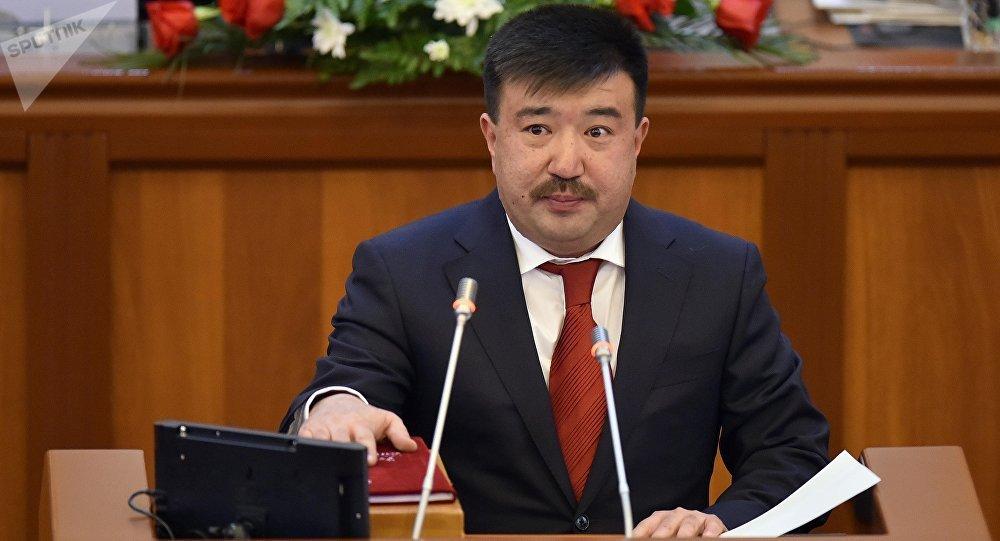 Депутат Бактыбек Сыдыковдун архивдик сүрөтү