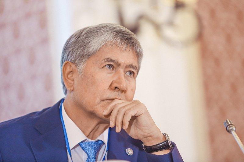 Алмазбек Атамбаев был председателем партии до конца 2011 года. Став президентом, он покинул этот пост и приостановил членство в СДПК.