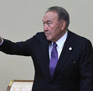 Нурсултан Назарбаев. Архивдик сүрөт