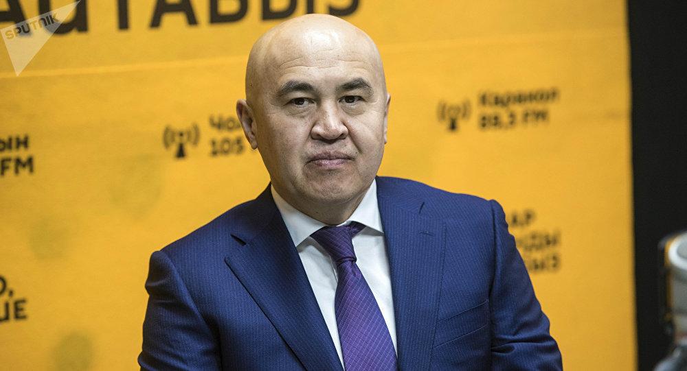 Бир Бол фракциясынын лидери Алтынбек Сулаймановдун архивдик сүрөтү
