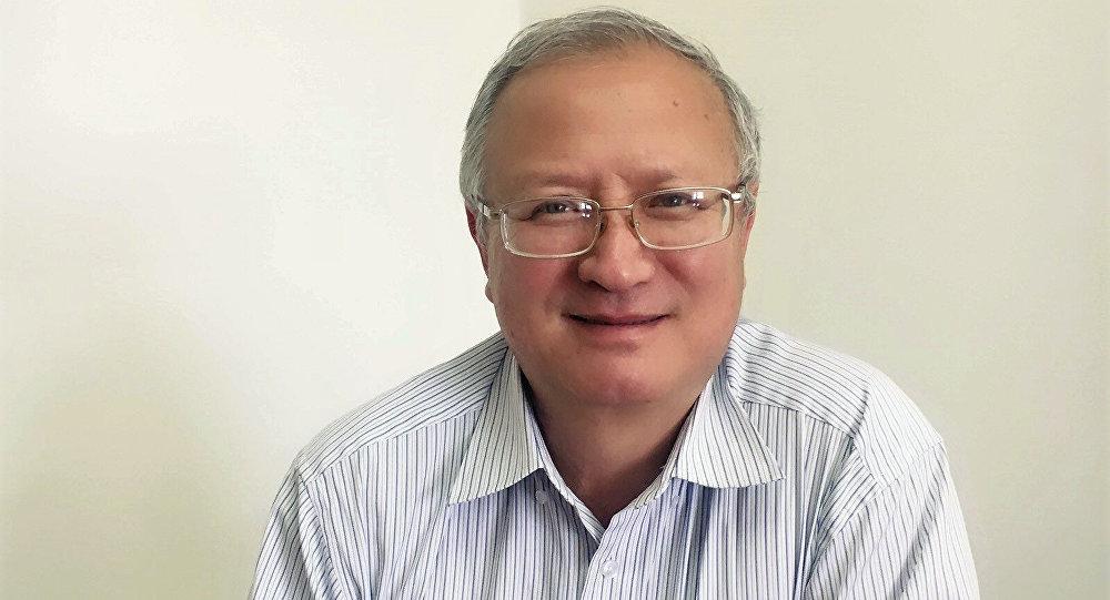 Менеджер по соблюдению нормативной базы в области охраны здоровья, труда и окружающей среды Кумтор голд компани Эрик Кожомкулов