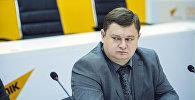 Архивное фото заведующего одним из секторов аппарата правительства Егора Скобеева