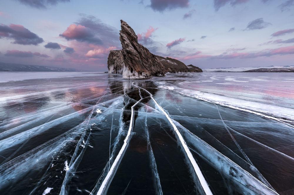 В категории Пейзажи лучшим признали фото Обледеневший мир Пере Солера