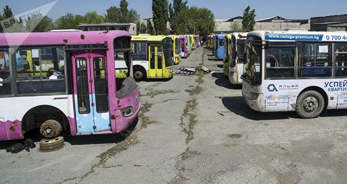 Бишкектеги автопарк. Архивдик сүрөт