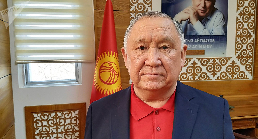 Министрлер кабинетинин Ош облусундагы өкүлү Жарасул Абдураимов. Архивдик сүрөт