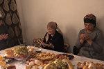 Жена плакала, упав на колени, — отец убитого в Бишкеке студента. Видеоинтервью
