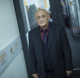 Экономика илимдеринин доктору, профессор Айылчы Сарыбаевдин архивдик сүрөтү