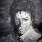 Экспозиция носит название сольной пластинки Джексона, которая принесла ему огромную популярность