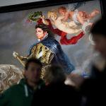 Самым ярким экспонатом стала картина Конный портрет Филипа II, автор которой изобразил Джексона в золотых доспехах и на белом коне