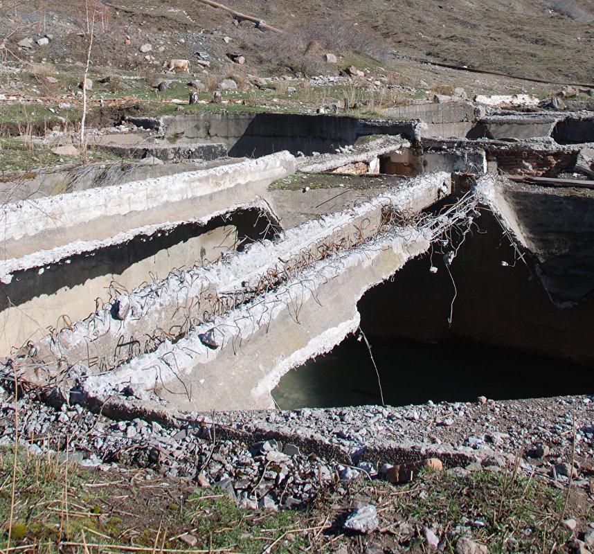 Хвостохранилища радиоактивных и опасных отходов Ак-Тюз, Киргизия
