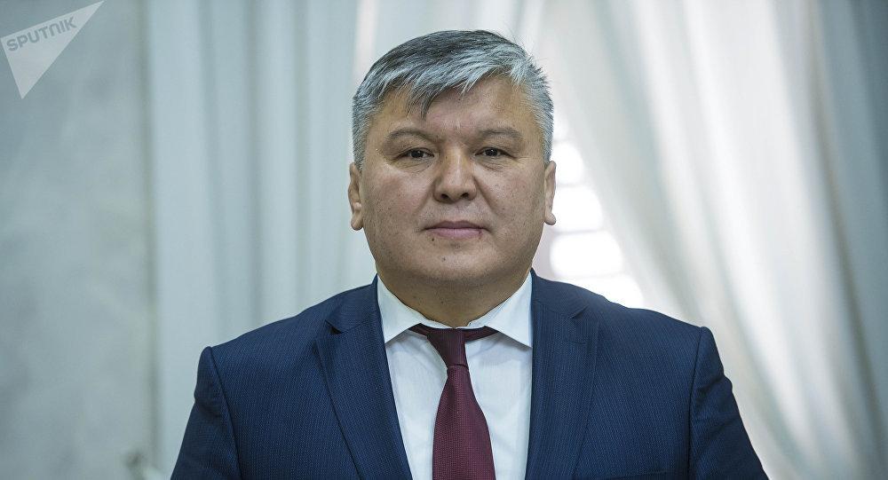 Глава Госфиннадзора Арзыбек Кожошев