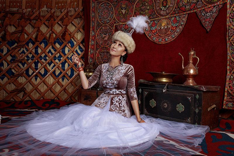 Кыргызстанка Замира Крейг, ставшая победительницей международного конкурса Miss Asia USA 2018 в номинациях Mrs Europe Global и Mrs Fitness