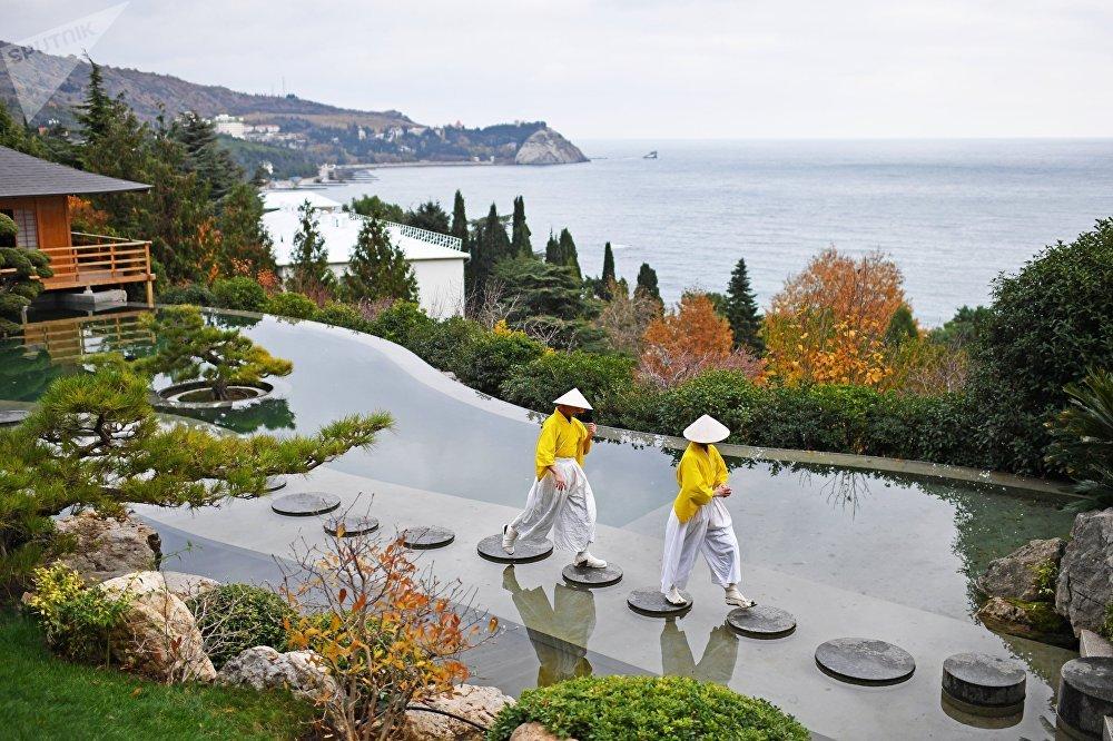 Открытие японского сада в Крыму
