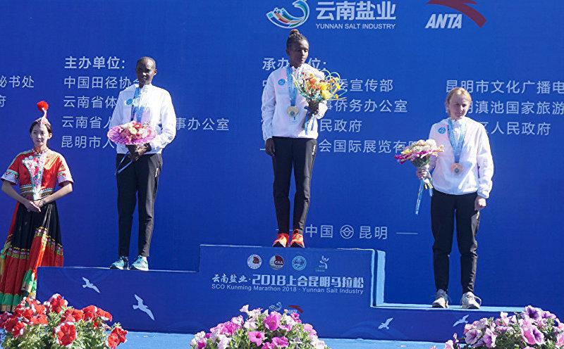 Кыргызстанская легкоатлетка Дарья Маслова завоевала бронзовую медаль в третьем Международном марафоне Шанхайской организации сотрудничества (ШОС) в Китае