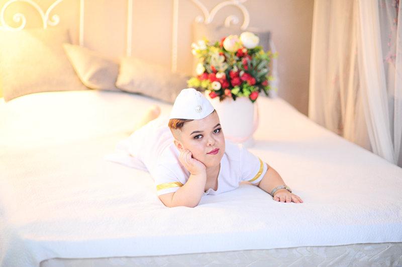 Родившаяся со сломанным позвоночником Айдана Ниязбекова