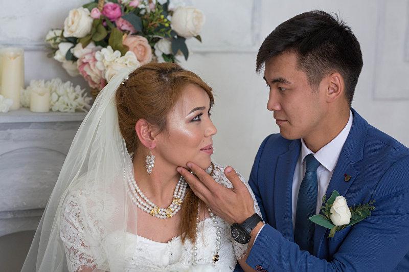 Страдающая мышечной атрофией Суусар Таалайбек кызы