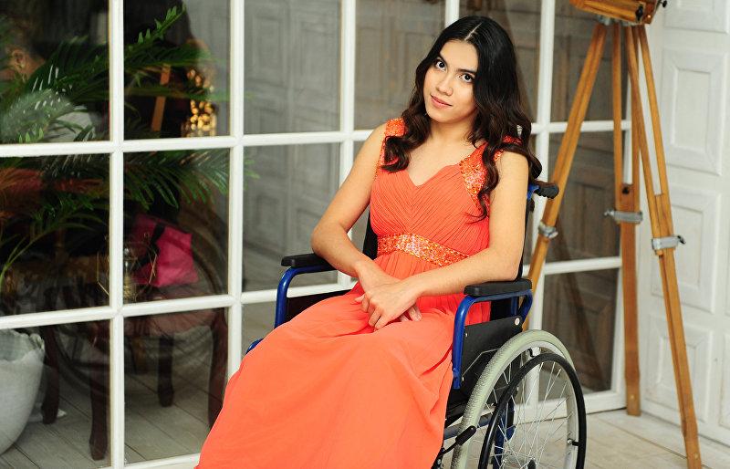 Инвалид с рождения Сейиль Сатыкулова