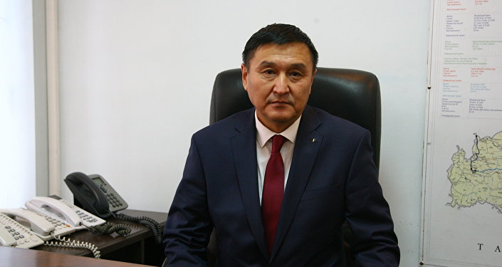 Транспорт министринин орун басары Азимкан Жусубалиев