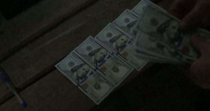 Опубликовано видео задержания замминистра со взяткой в $ 50 тыс