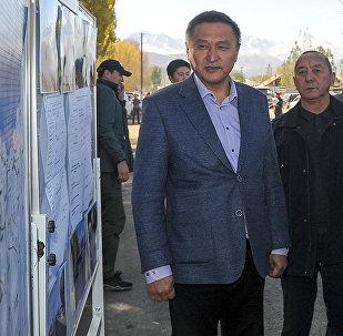 Транспорт жана жолдор министринин мурдагы орун басары Азимкан Жусубалиев. Архивдик сүрөт