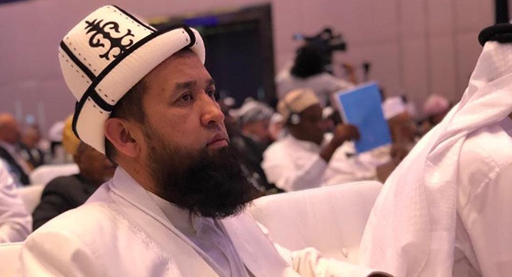Кыргызстандын муфтийи Максатбек ажы Токтомушев Бириккен Араб Эмирлигинин Абу-Даби шаарында өтүп жаткан Мусулман коомчулуктарында тынчтыкты бекемдөө деп аталган форумга катышууда
