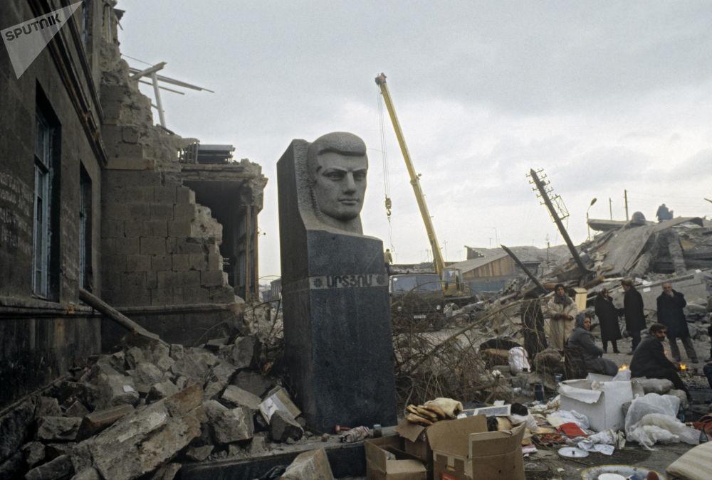 Главным уроком землетрясения стало создание спасательных служб в Армении и других республиках бывшего СССР. Сейчас в Армении уделяется особое внимание сейсмоустойчивости строящихся зданий.