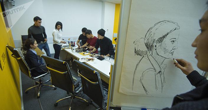 Учащиеся встретились с Саадат Айтиевой — импрессионистом, внучкой первого профессионального живописца в Кыргызстане Гапара Айтиева и художником Тойчубеком Омурзаковым