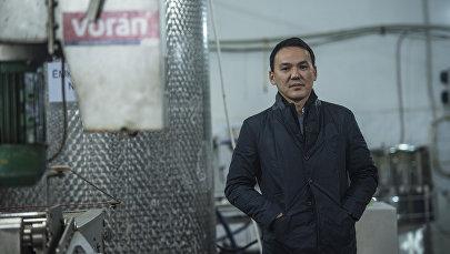 Кыргызстанский предприниматель, владелец завода по производству натуральных соков Дастан Омуралиев. Архивное фото