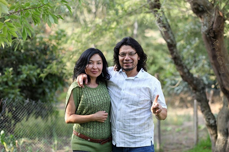Эквадорец Эдвин Уска Сантилан с супругой Гульнарой