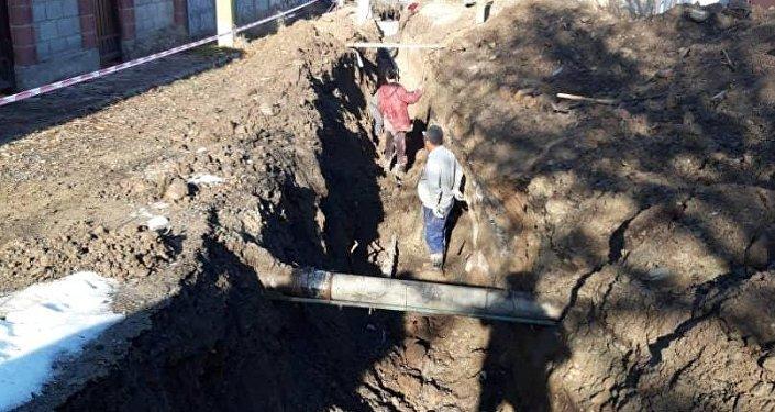 На сегодня начались работы по прокладке центральной канализации в жилом массиве Чон-Арык на улицах Береговой и Чодронова