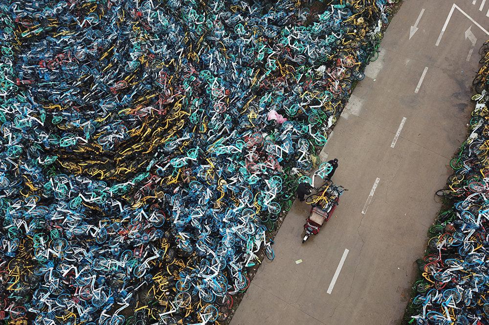 Кытайдын Аньхой провинциясындагы велосипеддердин таштандысы