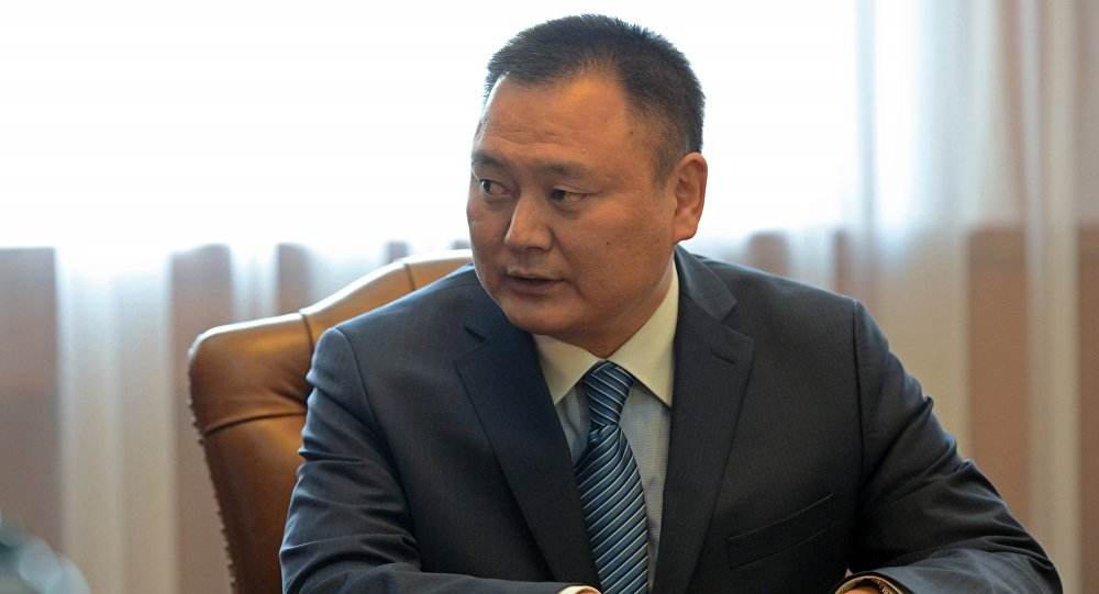 Архивное фото экс-председателя Фонда по управлению государственным имуществом Дуйшенбека Зилалиева