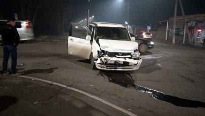 ДТП на опасном перекрестке улиц Орозбекова и Щербакова в Бишкеке