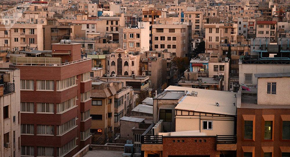 Вид на один из кварталов Тегерана. Иран. Архивное фото