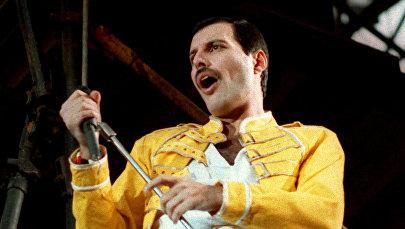 Британский певец, вокалист рок-группы Queen Фредди Меркьюри. Архивное фото