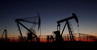 Нефть станциясы. Архив