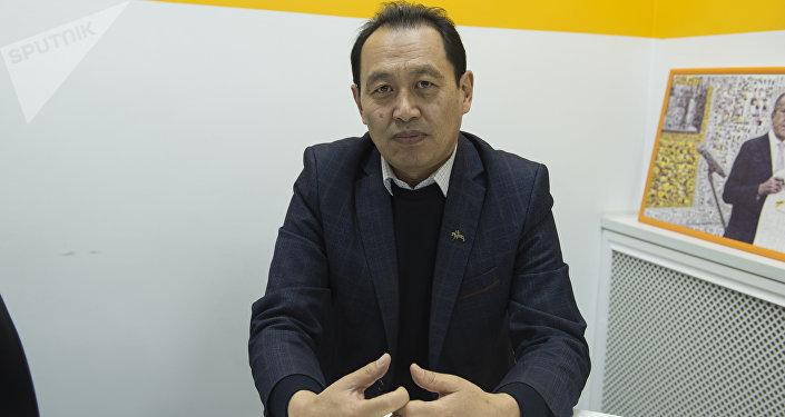 Кыргызстан Кинематографисттер союзунун төрагасы Таалайбек Кулмендеев