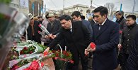 Почтение памяти народного писателя Чингиза Айтматова в Бишкеке